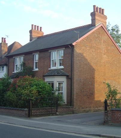 Homestay in Oxford near The Headington Shark - dream vacation