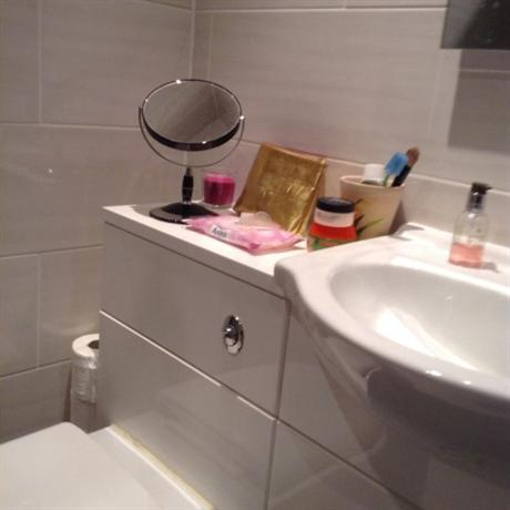 Homestay in Newcastle near South Gosforth Metro Station - dream vacation
