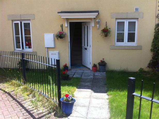 Homestay in Exeter near Westpoint Arena - dream vacation