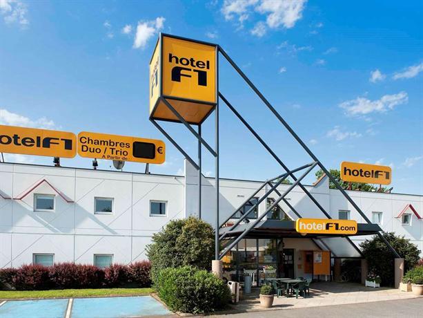 Hotelf1 Brive Ussac - dream vacation