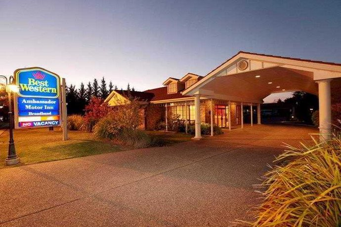 BEST WESTERN Ambassador Motor Inn - dream vacation