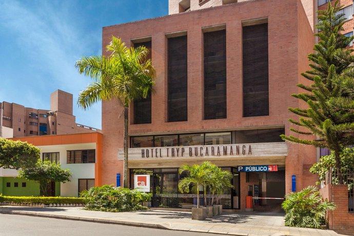 Hotel tryp bucaramanga encuentra el mejor precio for Tryp bucaramanga cabecera