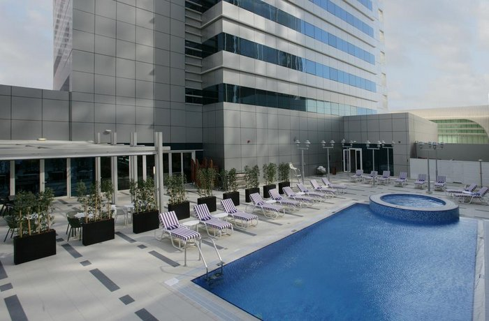 Premier Inn Abu Dhabi Capital Centre 이미지