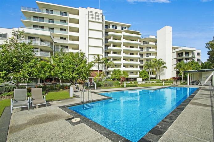 Photo: Horton Apartments