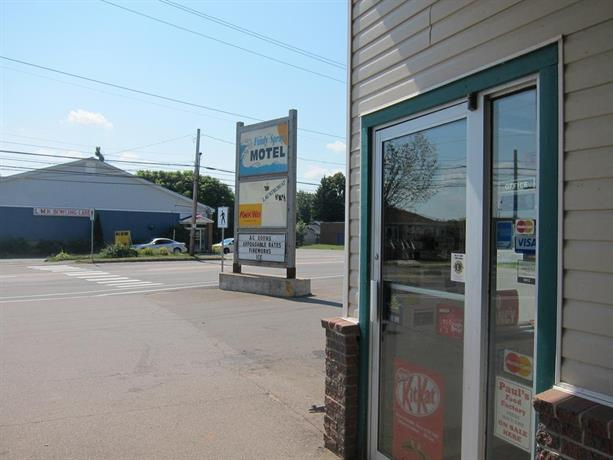 Fundy Spray Motel Images