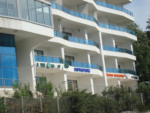 Апартаменты Ideal Khaus