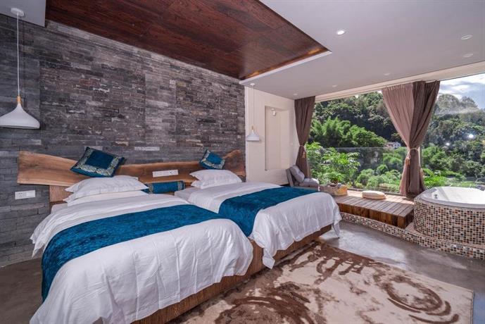 Tengchong He Shun Hotel Images