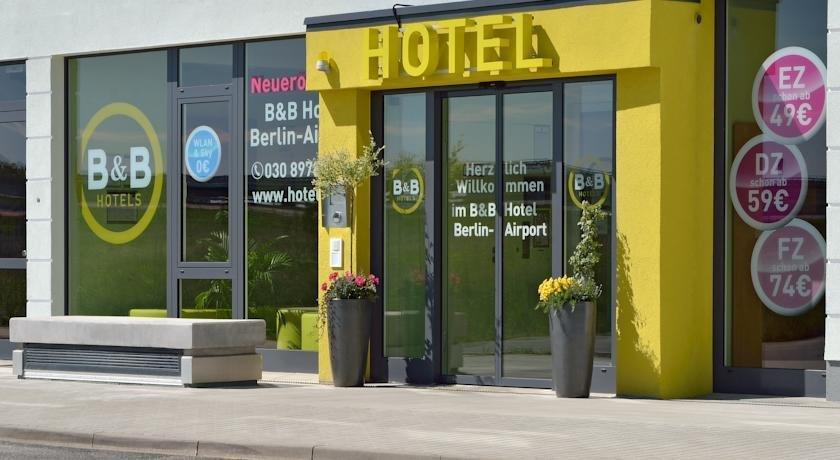 B&B Hotel Berlin-Airport Images