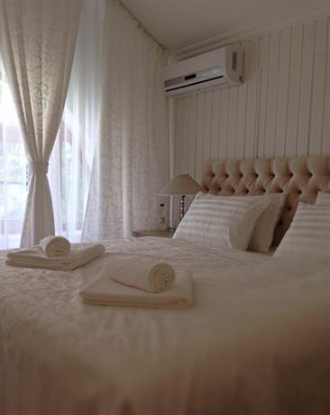 Отель HomeSuites