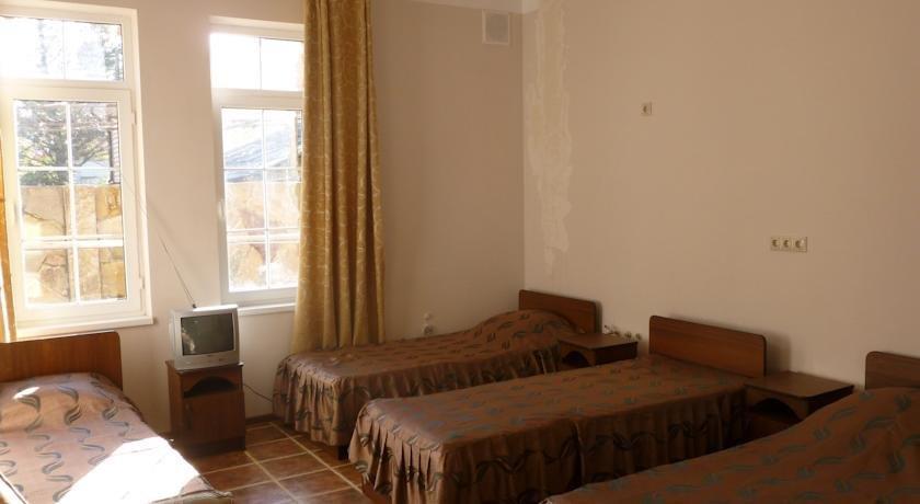 Отель Родничок