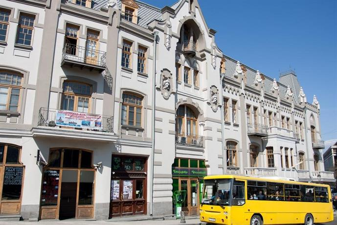 Pushkin 10 Hostel