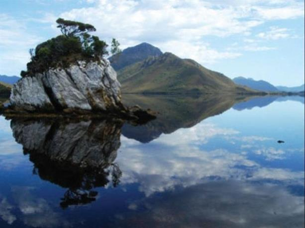Southwest Wilderness Camp Tasmania Images