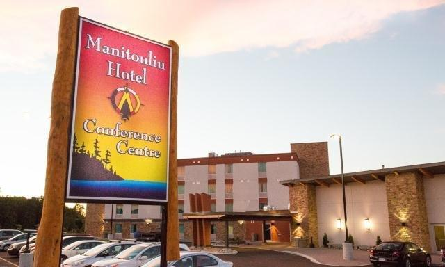 Manitoulin Hotel and Conference Centre Images