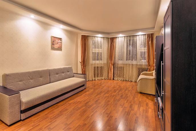 Zhit' Zdorovo Na Chistyakovoj Apartments
