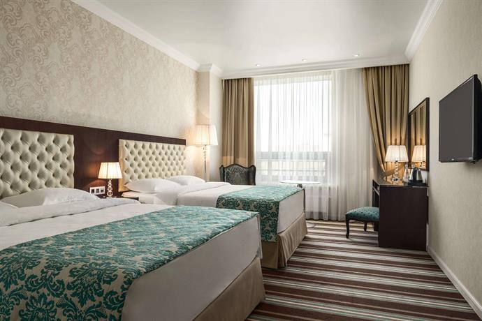 Отель Ramada Kazan City Center