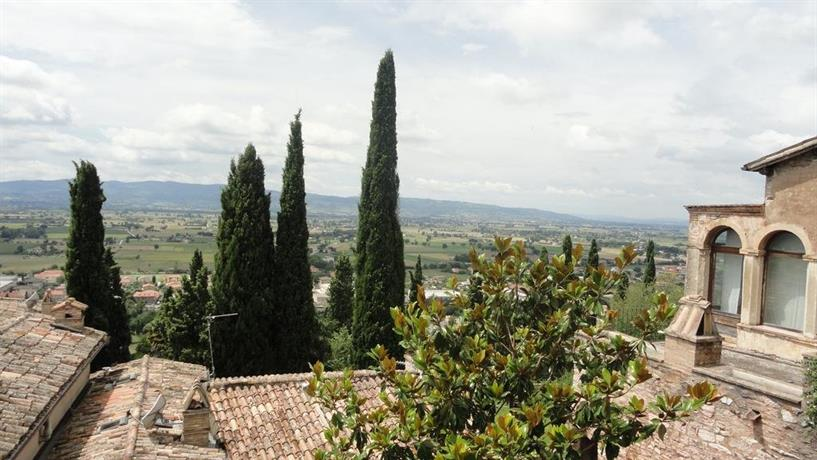Residence La Terrazza, Spello - Compare Deals