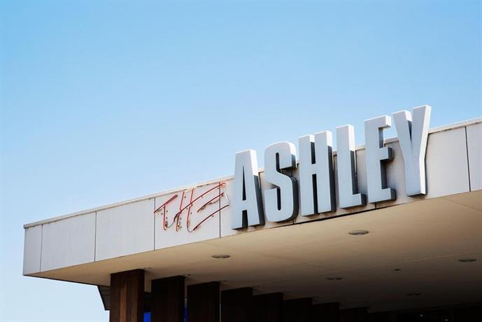 Photo: Nightcap at Ashley Hotel