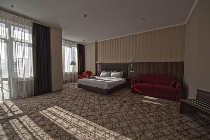 Отель Ramada & Suites Rostov on Don