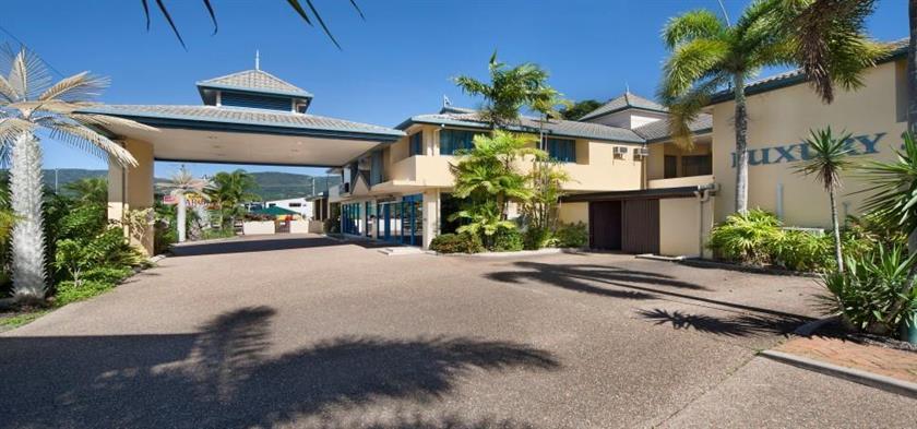 Photo: Cairns Southside International