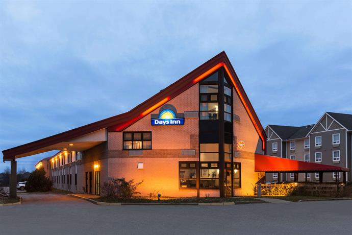 Days Inn by Wyndham Trois-Rivieres Images