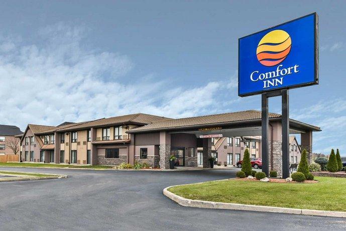 Comfort Inn Windsor Images