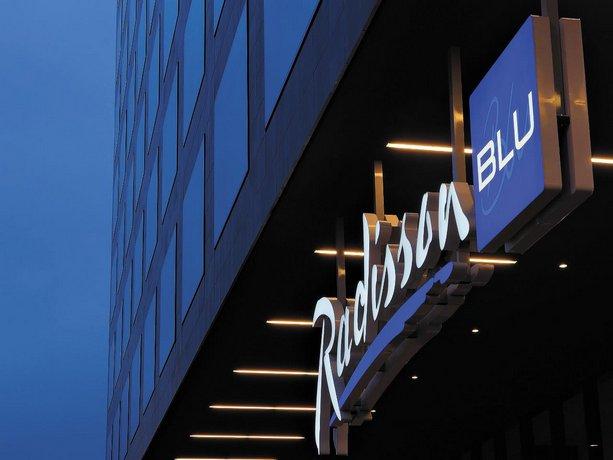 Radisson Blu Hotel Zurich Airport Images