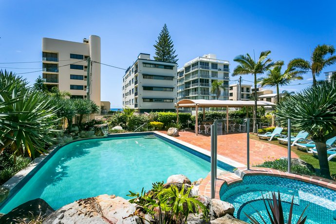 Photo: Surfers Beachside Holiday Apartments