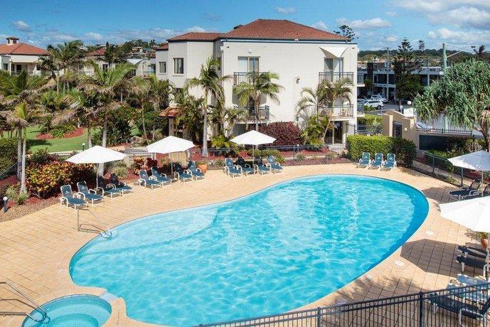 Photo: Golden Riviera Beach Resort