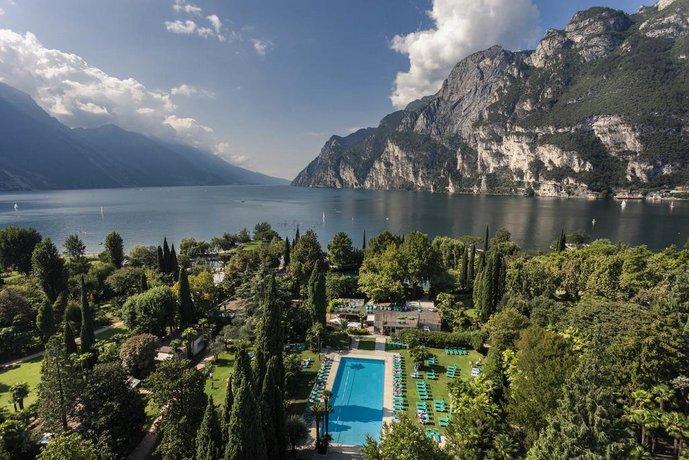 Du Lac Et Du Parc Grand Resort Riva Del Garda Compare Deals