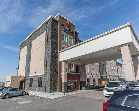 Comfort Inn & Suites Airport North Images