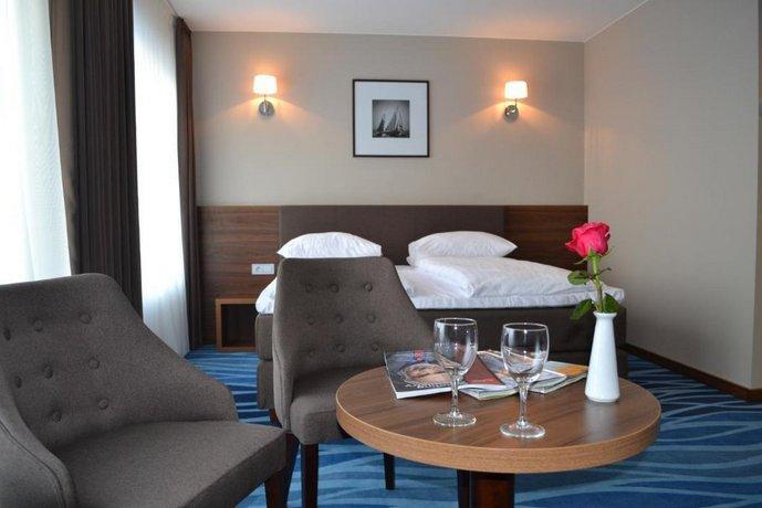 Hotel Porto Plunge