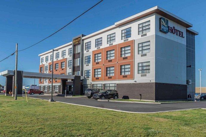 Quality Inn Sept-Iles Images