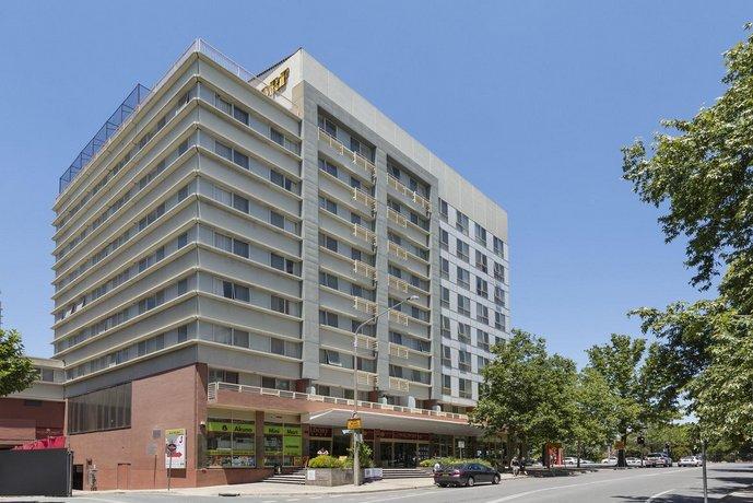 Photo: Nesuto Canberra Apartment Hotel