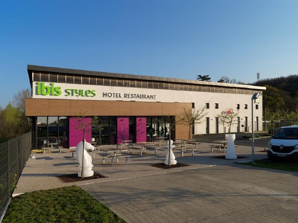 Ibis Styles Castres Images