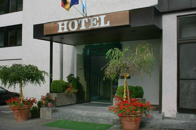 Hotel Restaurant Esbach Hof Kitzingen Compare Deals