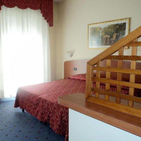 Hotel Terme Belsoggiorno, Abano Terme - Compare Deals