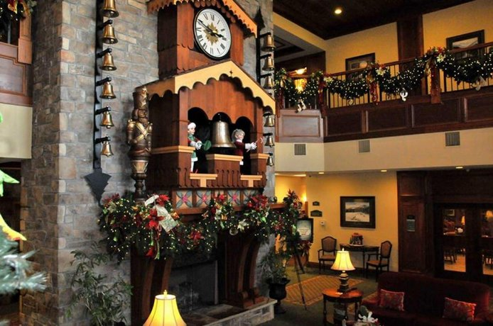 Inn At Christmas Place.The Inn At Christmas Place Pigeon Forge Compare Deals