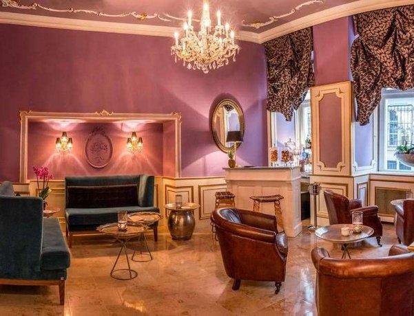 Vier-Sterne-Hotels in Wien: Schlosshotel Romischer Kaiser