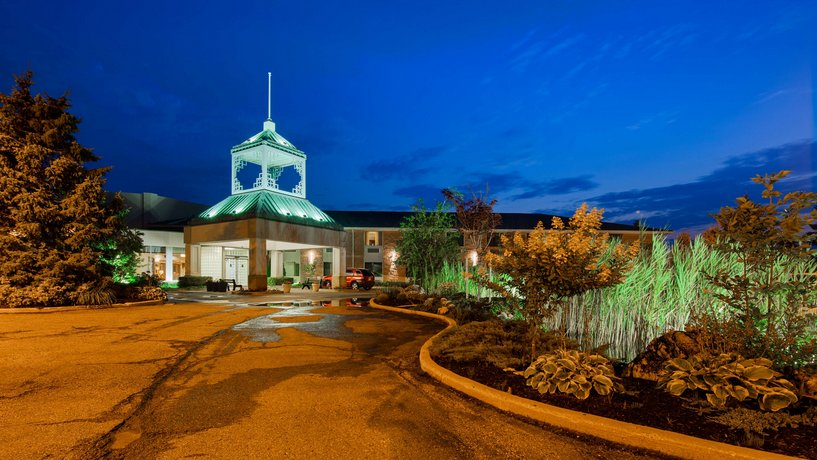 BEST Western Plus Stoneridge Inn & Conference Centre Images