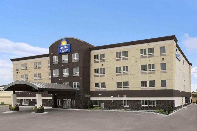 Days Inn & Suites by Wyndham Winnipeg Airport Manitoba Images