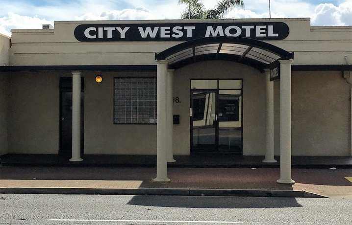 Photo: City West Motel