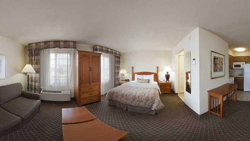 Staybridge Suites Tulsa-Woodland Hills