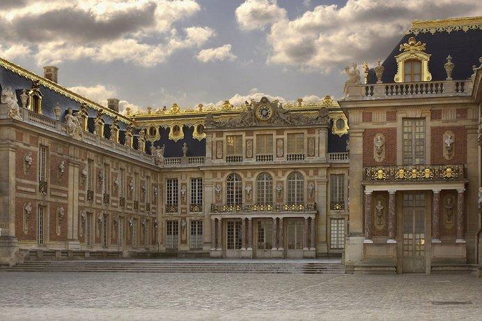 Le Louis Versailles Château - MGallery