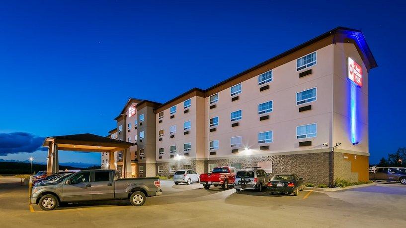 Best Western Plus Peace River Hotel & Suites Images