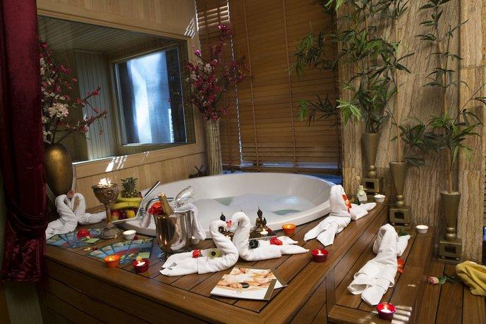 Fame Residence Lara Spa Antalya Bandingkan Promo