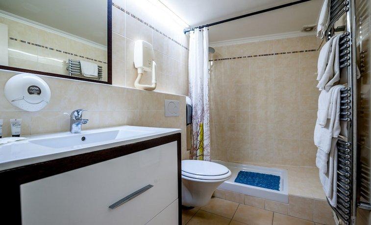 Grand Hotel Du Bel Air Paris Compare Deals