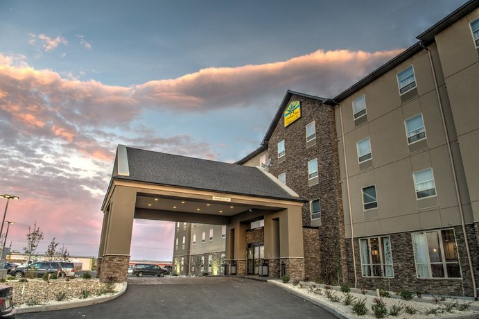 Western Star Signature Hotel & Conference Centre Images