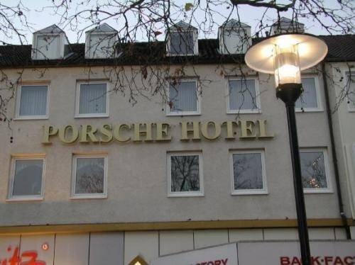 Porsche Hotel