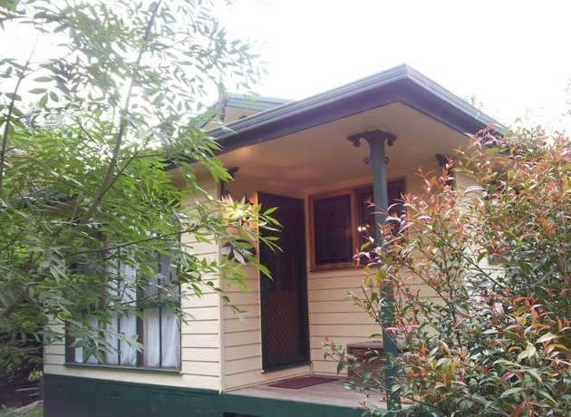 Photo: Leafield Cottages