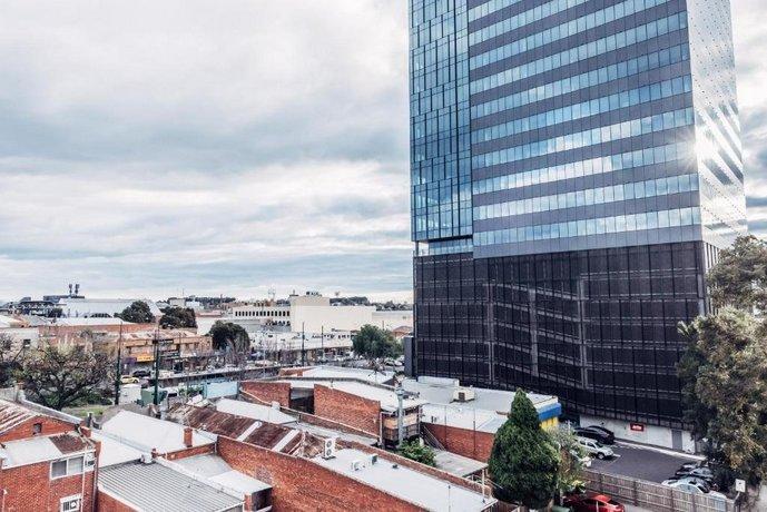 Photo: City Edge Box Hill Apartment Hotel
